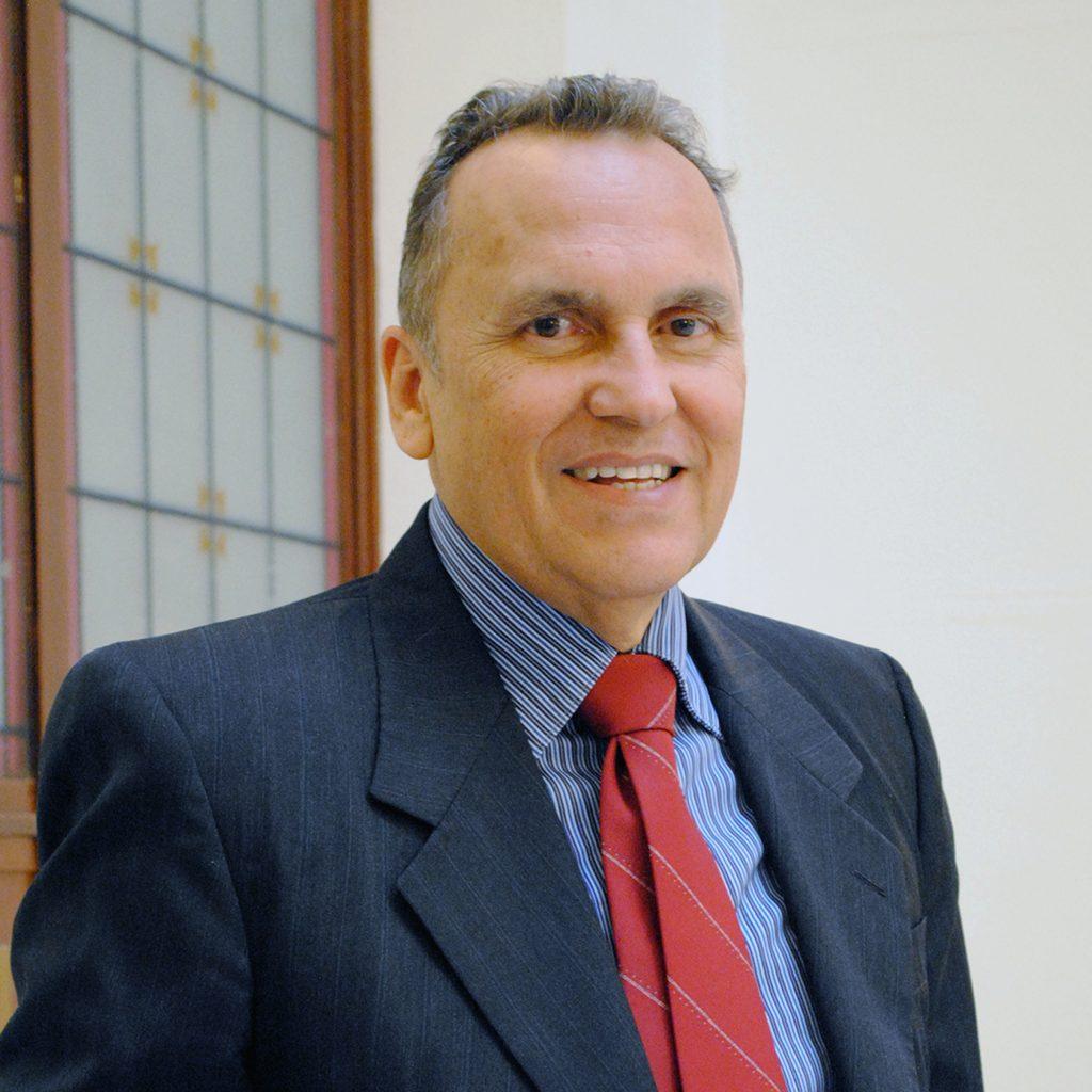 MR. ROBERTO QUINTERO