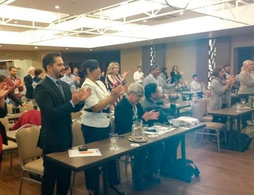 Presidenta de IMEOF y AEPROMO ovacionada en Congreso de Ozonoterapia en Perú